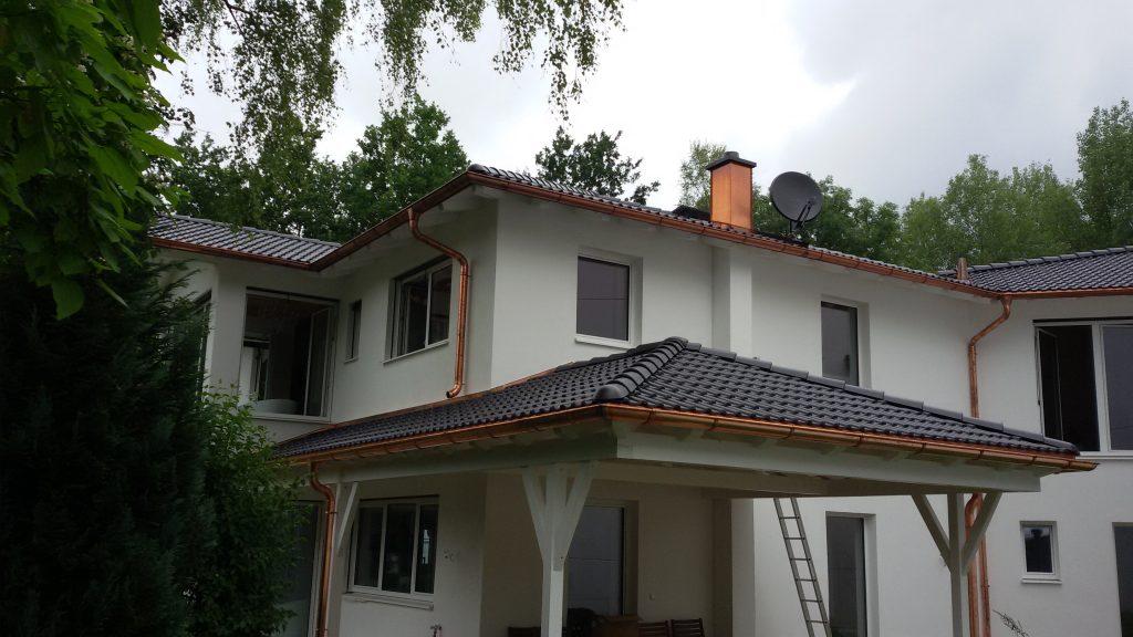 Dachdeckerei und Dachrinnen